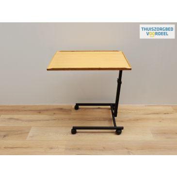 Tafel blad -verstelbaar en handig in gebruik vanuit bed-